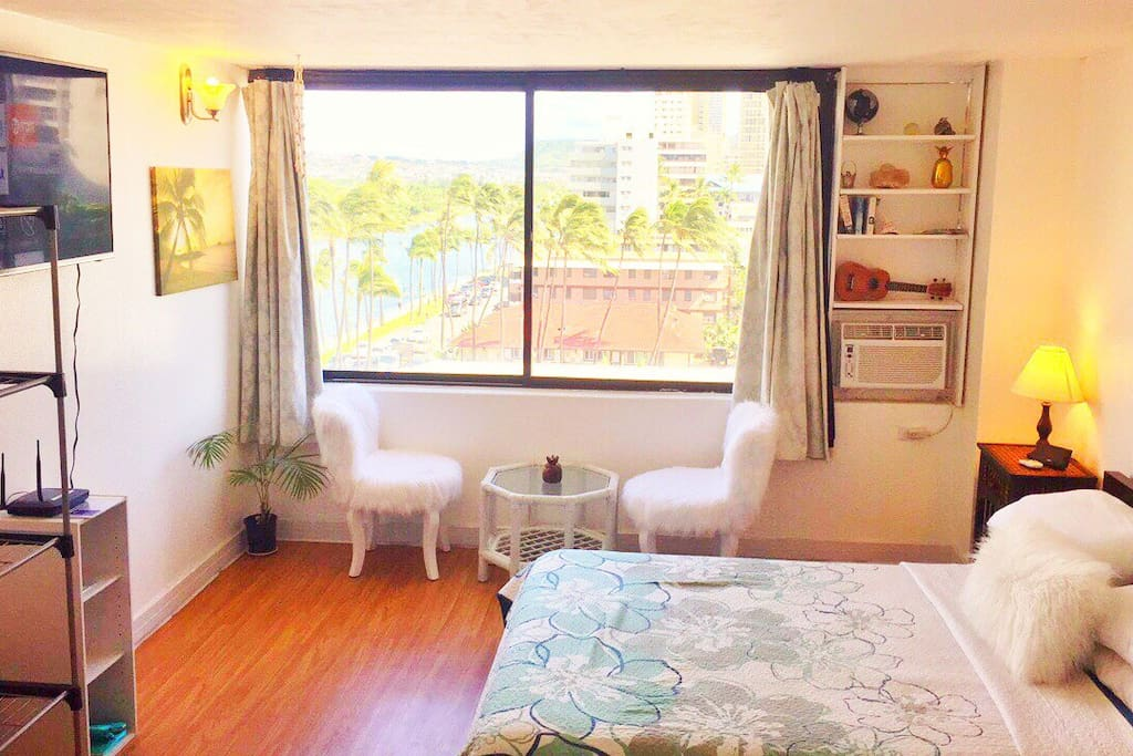 Fabulous studio with an amazing view of the ala wai canal and diamond head