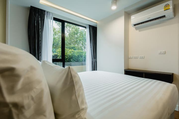 1 bdr 5 min walk to Surin and Bangtao beach - Tambon Choeng Thale - Apartment