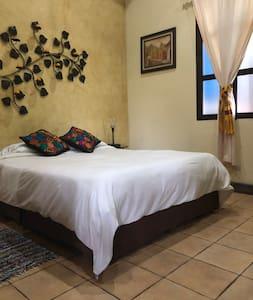 Hotel Las Marías - Comfortable Single Room #1