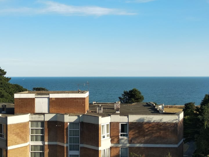 Bournemouth Home with a View