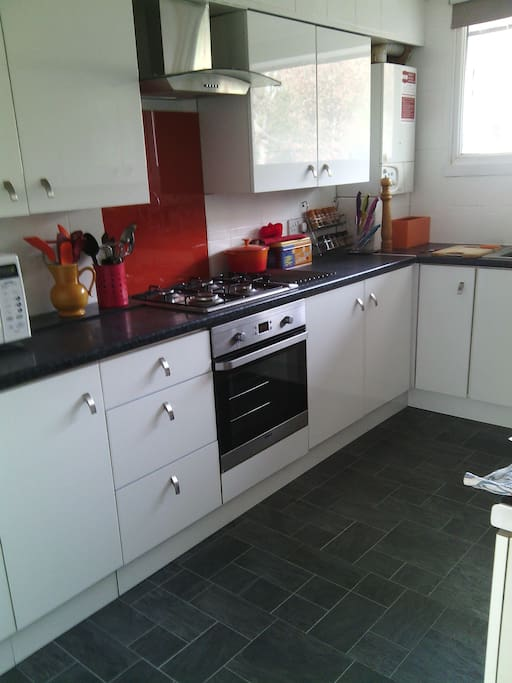 A fully equipped modern kitchen for those who fancy cooking.