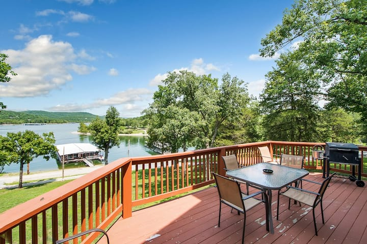 Beautiful Table Rock Waterfront Home #5 Kings Cove