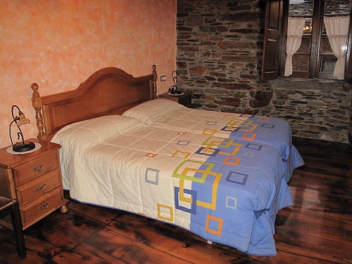 Casa do Catalán, Habitación Laura, 55 euros noche.