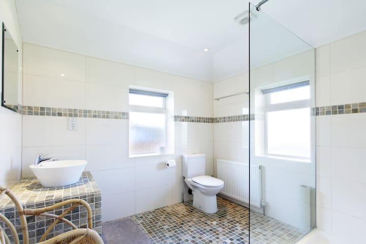 Central Marlow King Guest Room - Marlow - Bed & Breakfast
