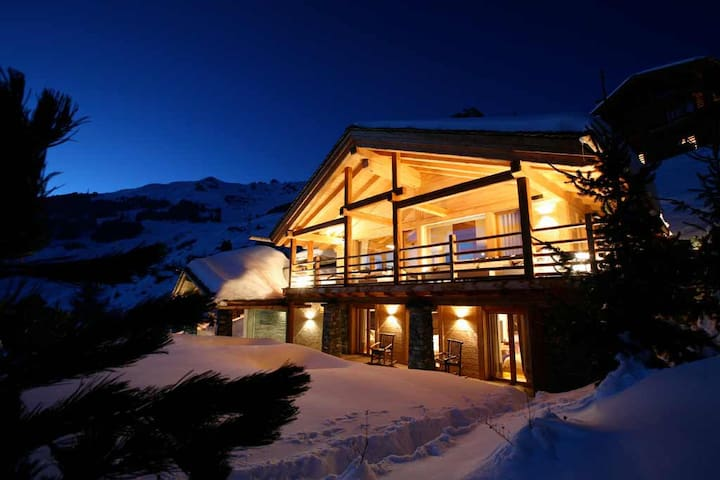 5 bd, ski, views, restaurant - Bagnes - วิลล่า