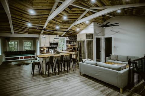 FAMILY RUSTIC HOUSE - CLOSE TO BIG ATTRACTIONS