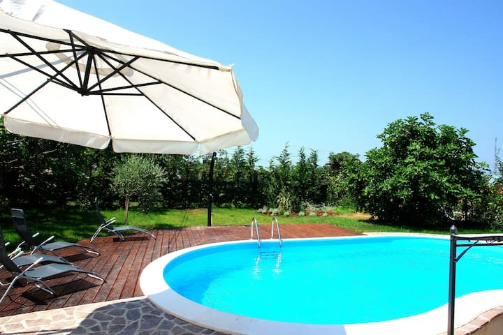 Stone villa with a private pool - Rovinjsko Selo - Villa