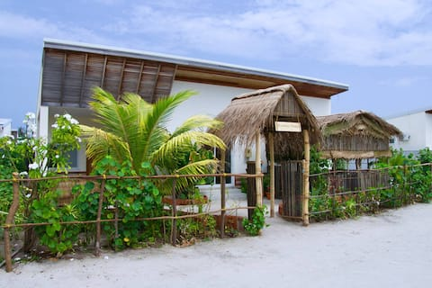 Raakani Home (3rooms), H.Dh.Hanimaadhoo, Maldives