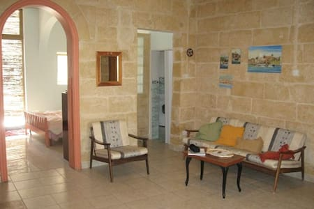 Smart fully furnished apt in Sliema