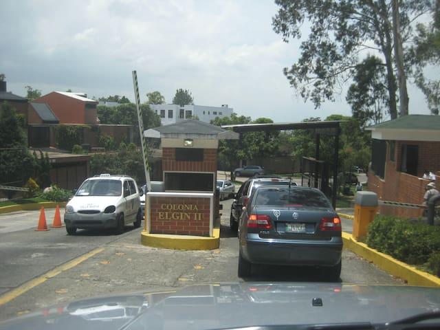 Habitación Huespedes - Guatemala