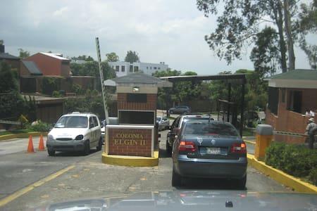 Habitación Huespedes - Guatemala - Guesthouse