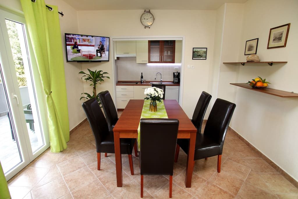 Dining room for enjoying local food prepared just like you want