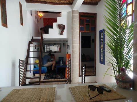Appartement douillet dans la medina .terrasse priv