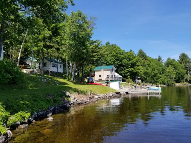 Cottages at Bon Echo's Edge: Cottage #4