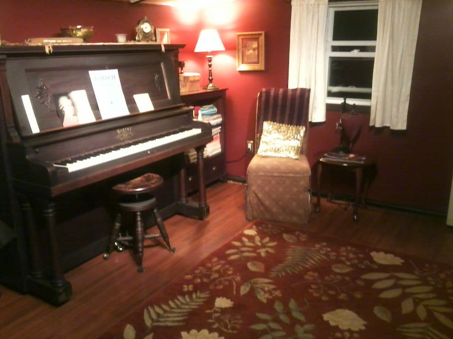 1906 Blasius' & Son's piano, plus thousands of pieces of music to select to play