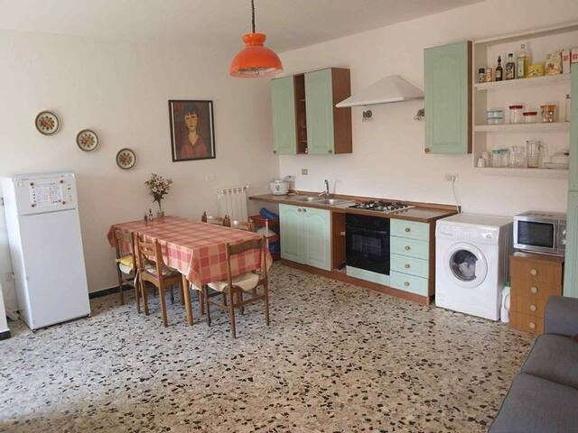 Charming and Affordable in Tuscany - Soliera - Leilighet
