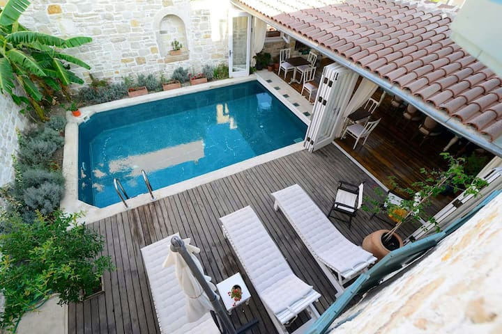 Boutique Hotel in Çeşme - Çeşme - Bed & Breakfast
