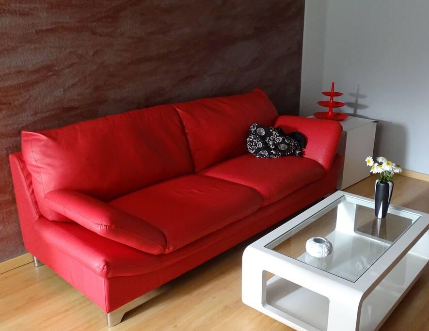 2 zimmer apartment im zentrum von opladen wohnungen zur miete in leverkusen nordrhein. Black Bedroom Furniture Sets. Home Design Ideas