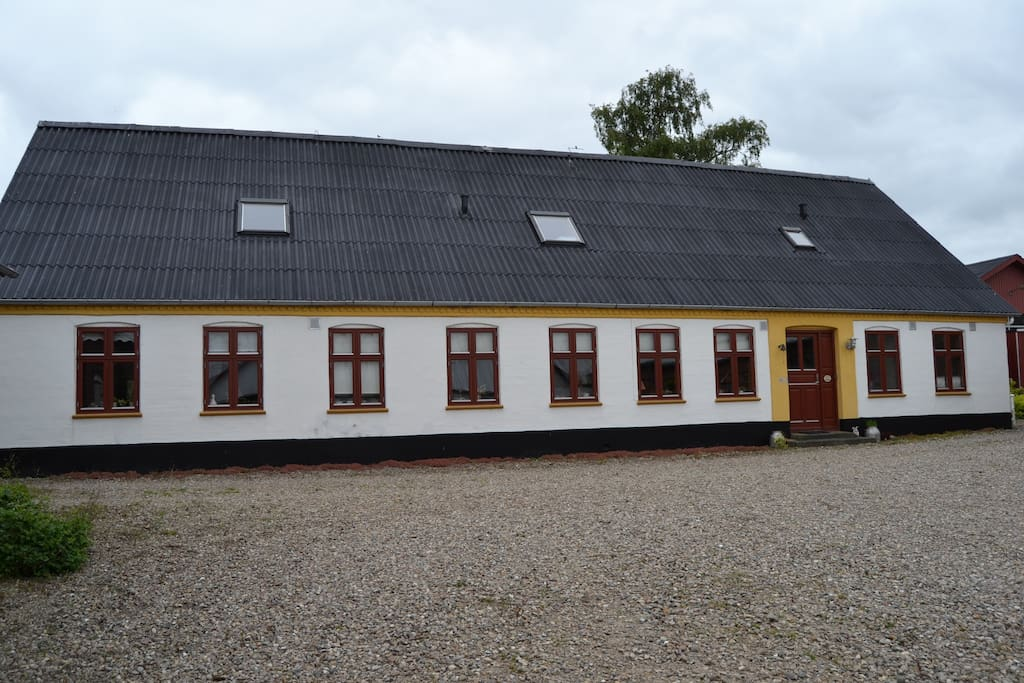 Stuehuset fra gård siden
