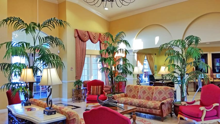 Deluxe Vista Cay 3BR/3.5BA townhome