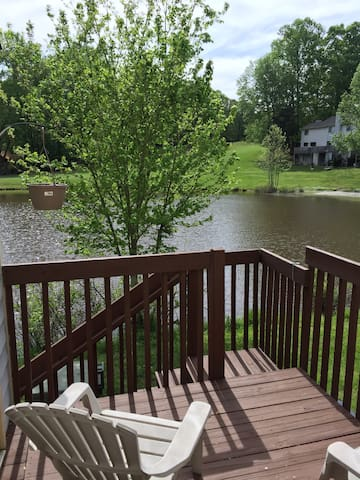 Great Value 2br/1.5ba on Golfcourse and lake