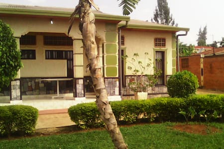 Cosy little apartment. Safe, clean and comfortable - Kigali - Huoneisto