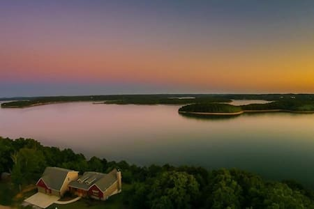 New Listing!!! Million Dollar View Beaver Lake - Rogers