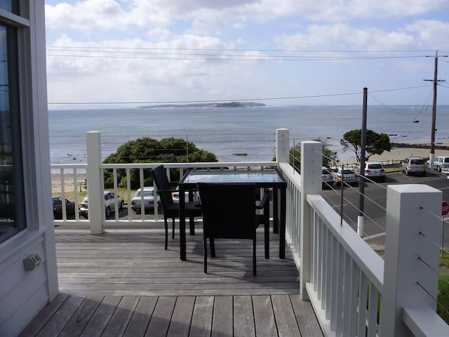 Beach House - A Perfect Sea View - Point Lonsdale - Leilighet