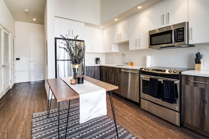 ⭐️⭐️⭐️⭐️⭐️2BD/1BA Luxury Suite + Panoramic Views