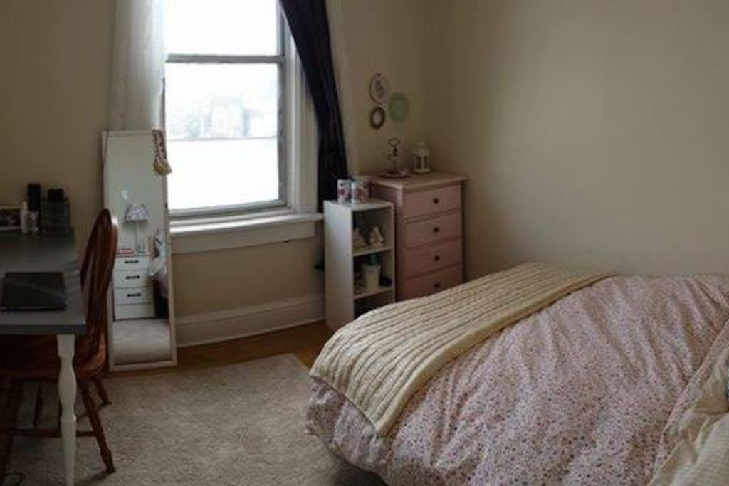 Rent A Room Kensington Toronto