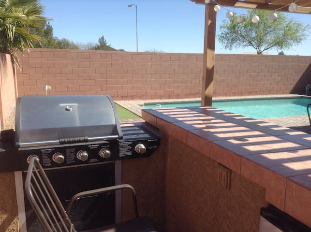 Maricopa Sun Seeker with Pool - Maricopa - House