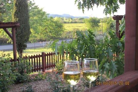Healdsburg 4BR/3BA Vineyard Vista