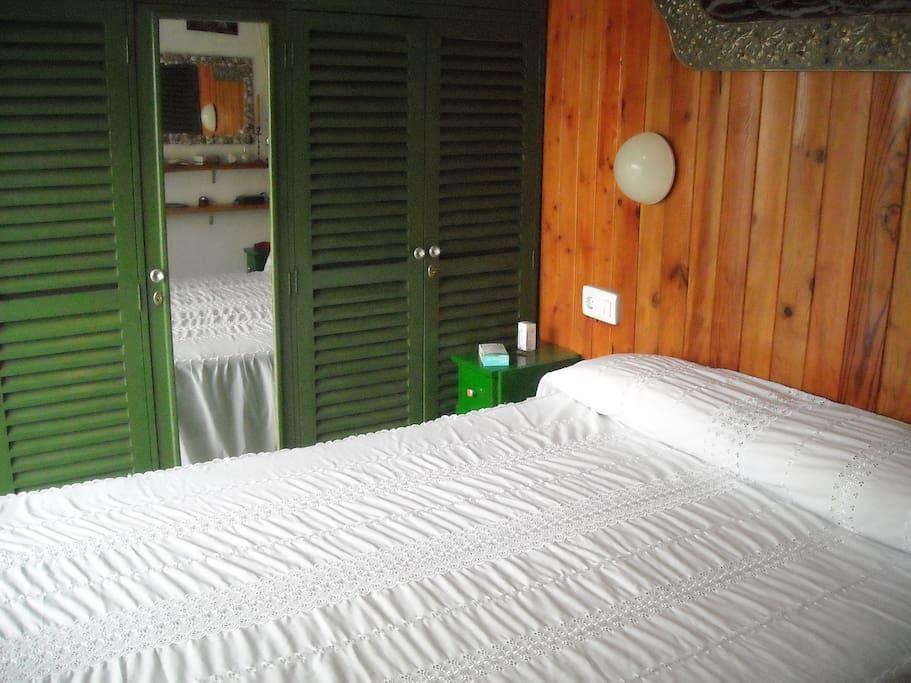 Dormitorio 1 A