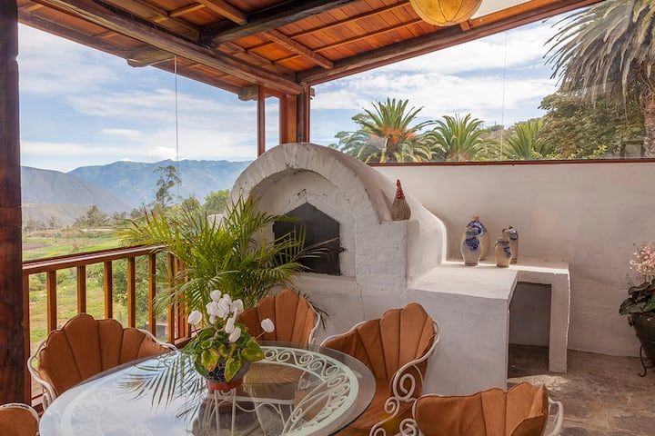 Countryside home 45 min to Otavalo! Pet friendly!