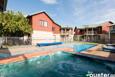 Loft villa - only 100 metres from Geographe Bay - West Busselton