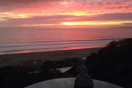 Buddha Bliss Ocean View Studio - Aptos