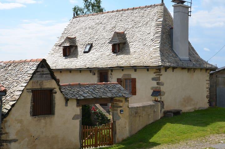 Maison tout confort Vallée du Lot en Aveyron