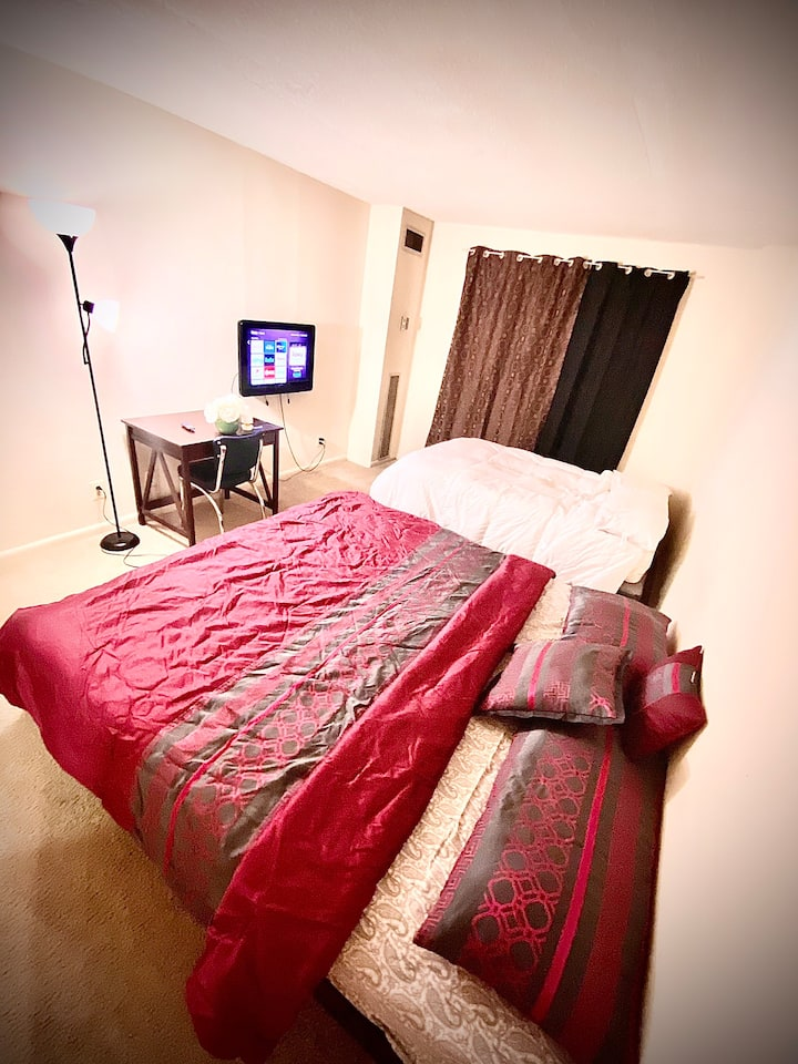 Private Bedroom and Bath for up to 5 guests