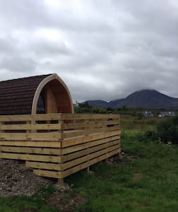 Glamping pods with amazing sea view - Inny