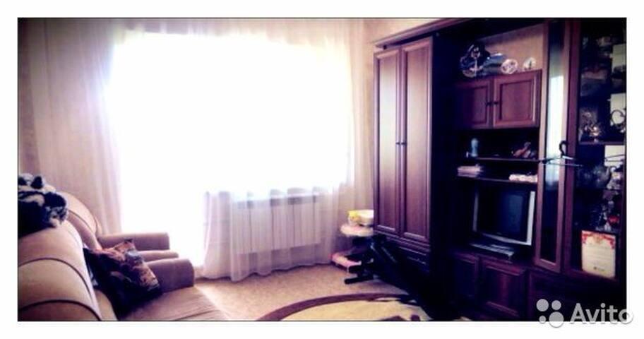Уютная трехкомнатная квартира в спальном районе - Astrakhan'