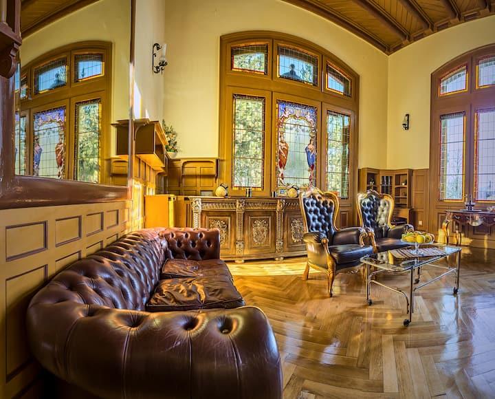 Olala Villa Sinaia | Deluxe Style 8m. Peles Castle