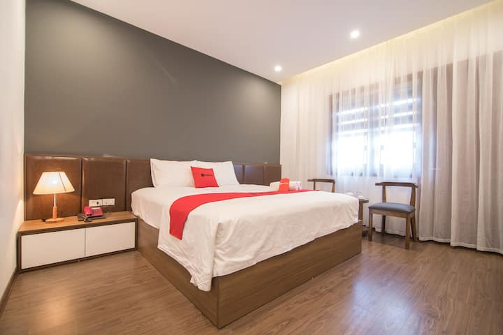 RedDoorz  ★ Cupid Room  ★ Love Couple Room