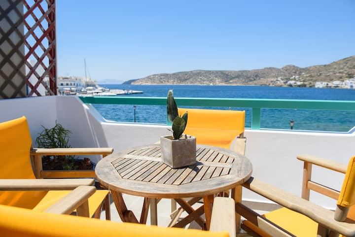 Porto Katapola Pension/ Sea View Apartment II
