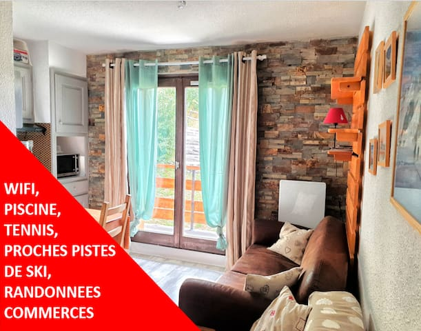 APPARTEMENT T2, PISCINE, TENNIS & VUE MONT BLANC