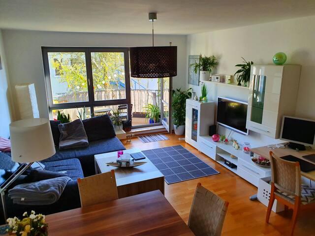 Helle Wohnung, Zentrumnähe, ruhige Lage, bei Sbahn