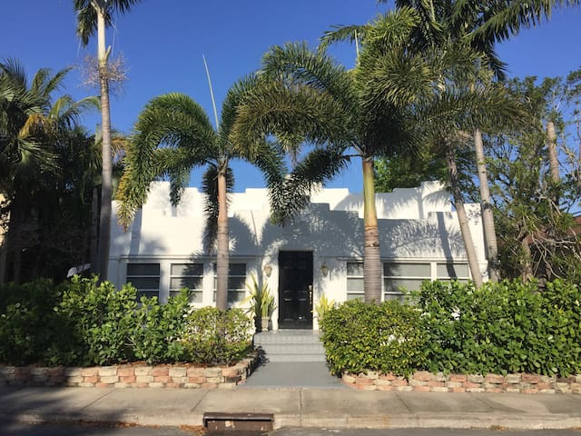 WOW STUNNING LARGE LUXURY HOME MINS 2 BEACH/DOWNTOWN - Lake Worth - Casa