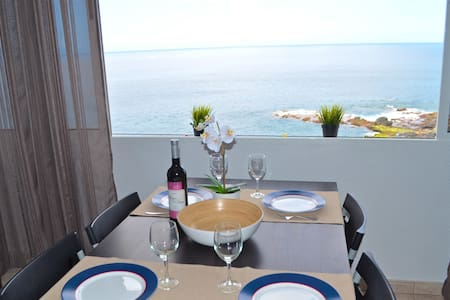 1BD Apartment with Great Sea View - Apartamento