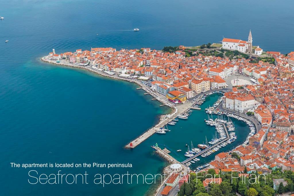 """The apartment """"Ai Fari"""" overlooks the Adriatic Sea."""
