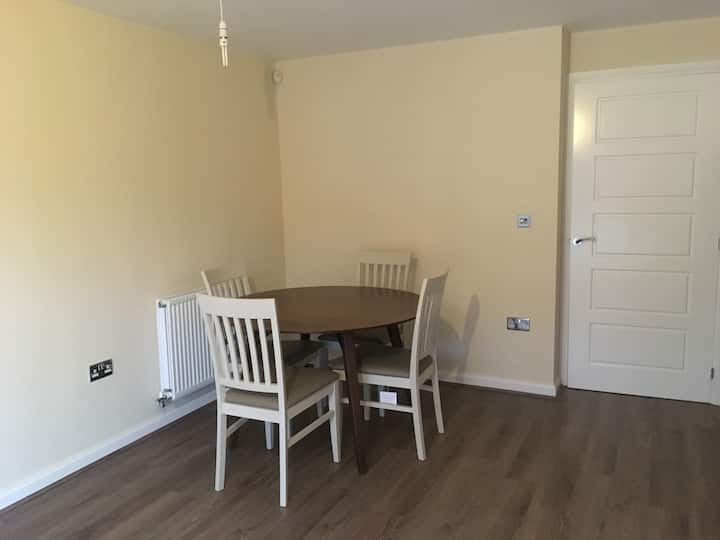 Double Bedroom with access to Oxford & Banbury!
