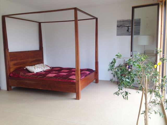 Nice Room in Basel Land. Perfect for Basel world - Füllinsdorf - Huis